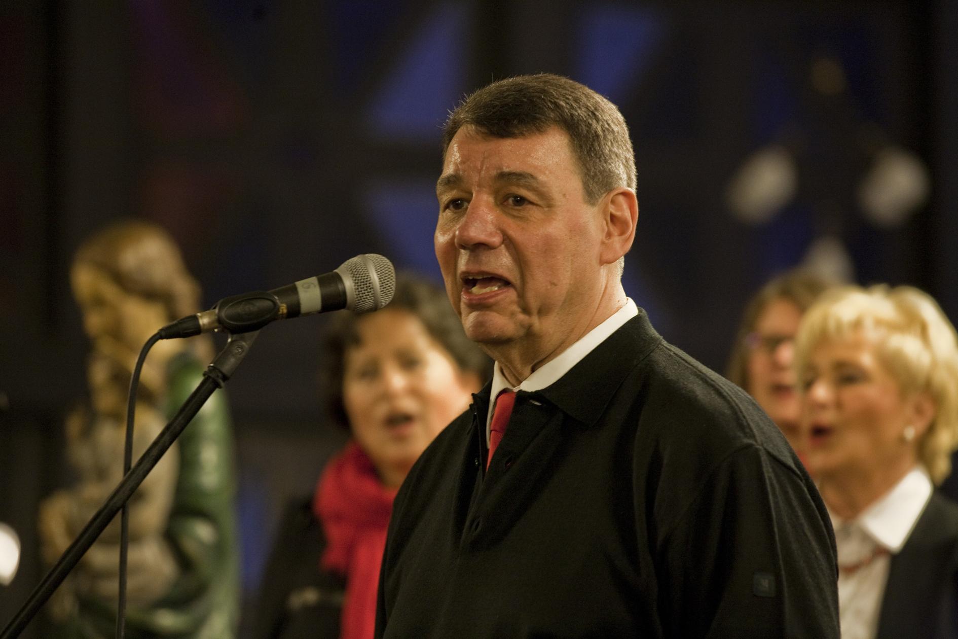 Udo Gerks, der erste Vorsitzende der Florian Singers bei einem Solo. Foto: Michael Wiczoreck